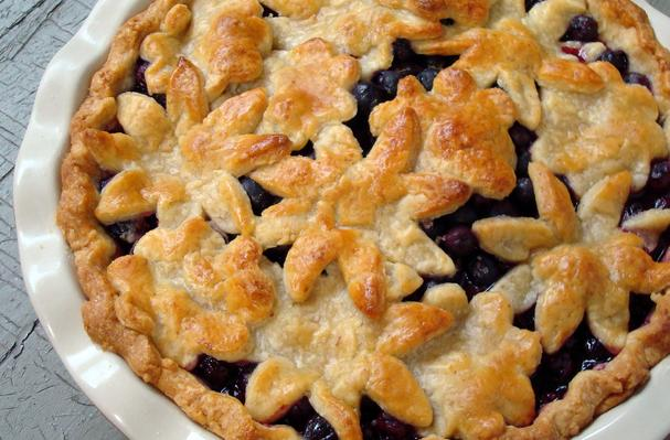 blueberry pie with sweet almond crust from a spicy perspective