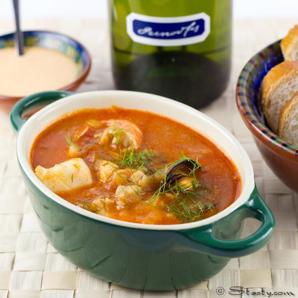 Foodista france 39 s fish stew bouillabaisse for French fish stew