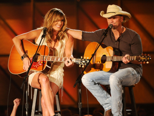 Grace Potter & Kenny Chesney Performing at the 2011 CMA Awards