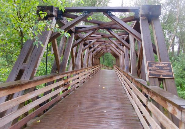 Cottonwood Island Nature Park