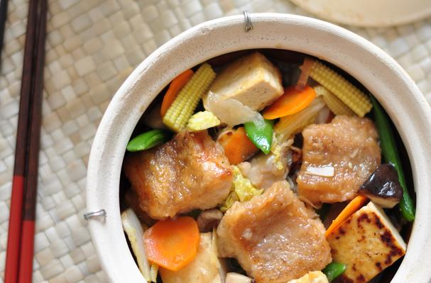 Foodista 10 fabulous fish recipes for every night of the for Clay pot fish