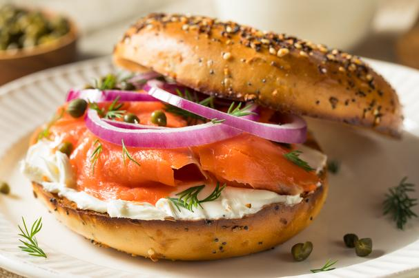 Bagel with lox, cream cheese, red onions and capers