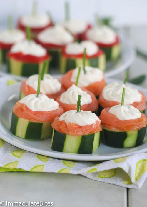 Foodista 5 easy and elegant canapes to serve for new for Canape garnishes