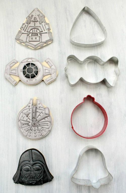 star wars cookies with holiday cookie cutters