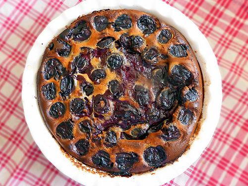 ... Desserts 101: What's the Difference Between Clafoutis and Flaugnarde