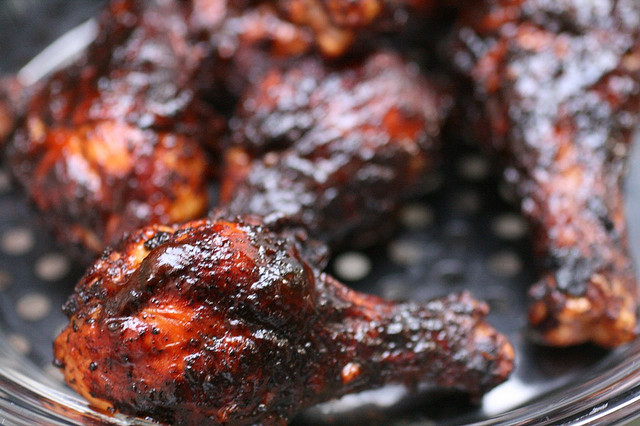 foodista get grilling best chicken recipes for the bbq. Black Bedroom Furniture Sets. Home Design Ideas