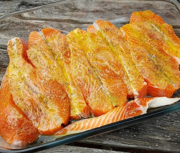 salmon steaks with fennel pollen