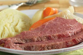 Slow Cooked Corned Beef and Cabbage