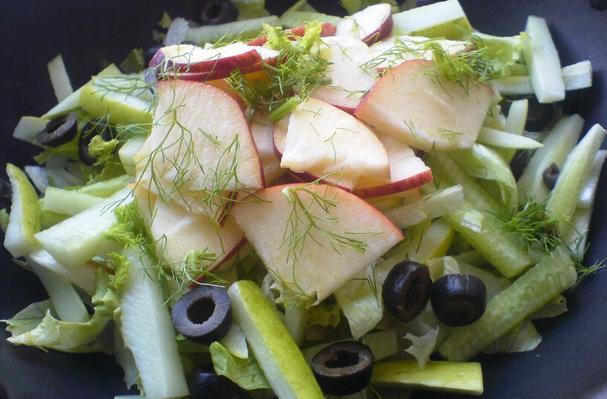 Lettuce, Apple, Cucumber Salad with Fennel and Walnuts