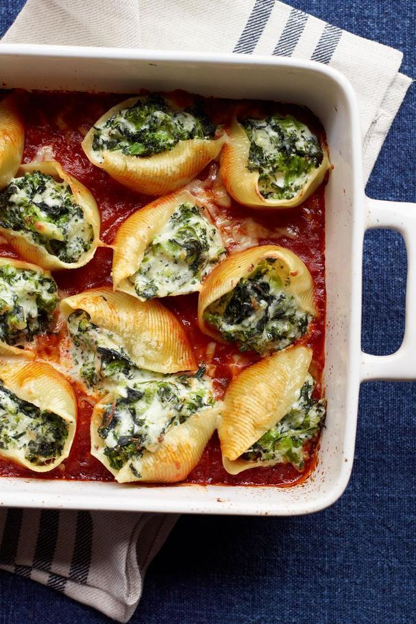 Vegetable and cheese stuffed shells