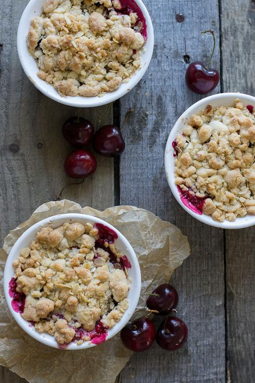 Foodista | Almond Cherry Crisp and Other Sweet Cherry Recipes