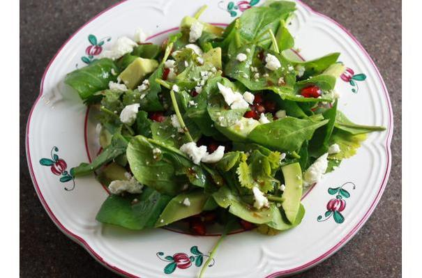 Arugula Salad with Pomegranate, Avocado, Goat Cheese