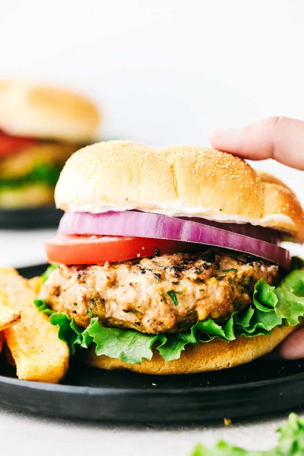 Grilled Garlic Turkey Burgers