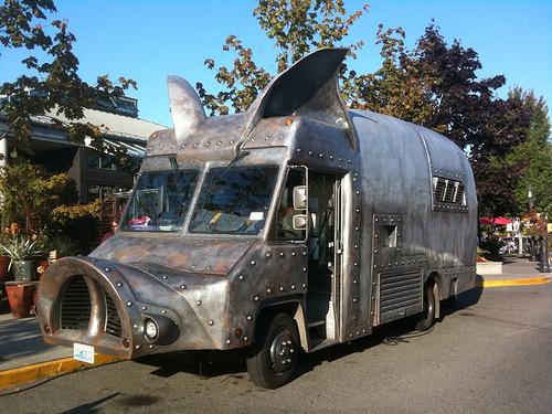 Maxmimus-Minimus BBQ Truck, Seattle