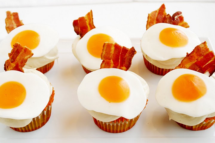 pancake bacon and egg cupcakes