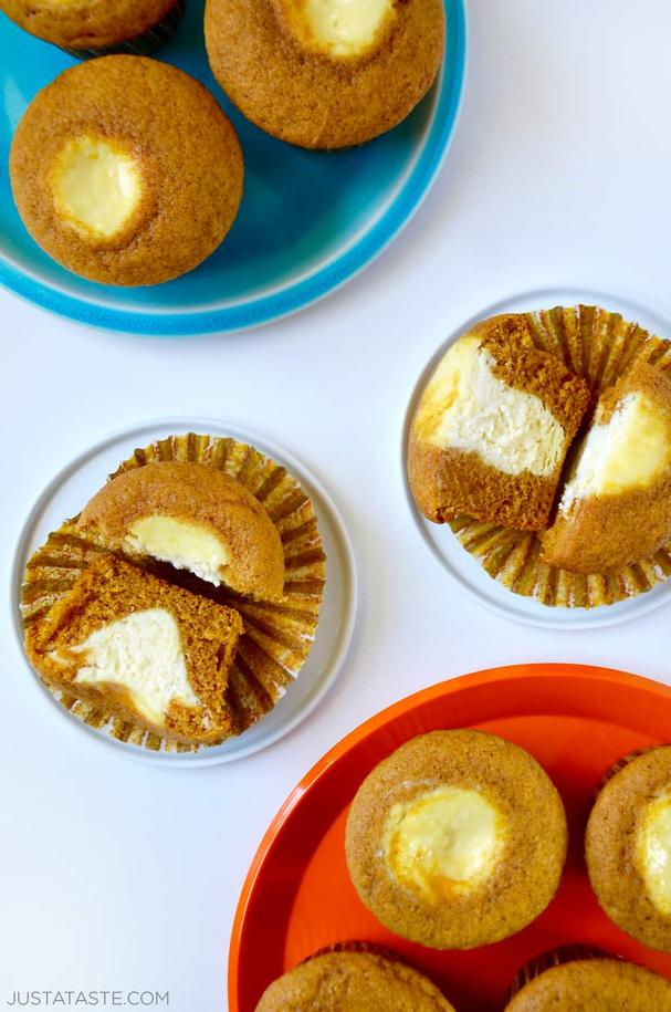 Cream Cheese stuffed pumpkin muffins