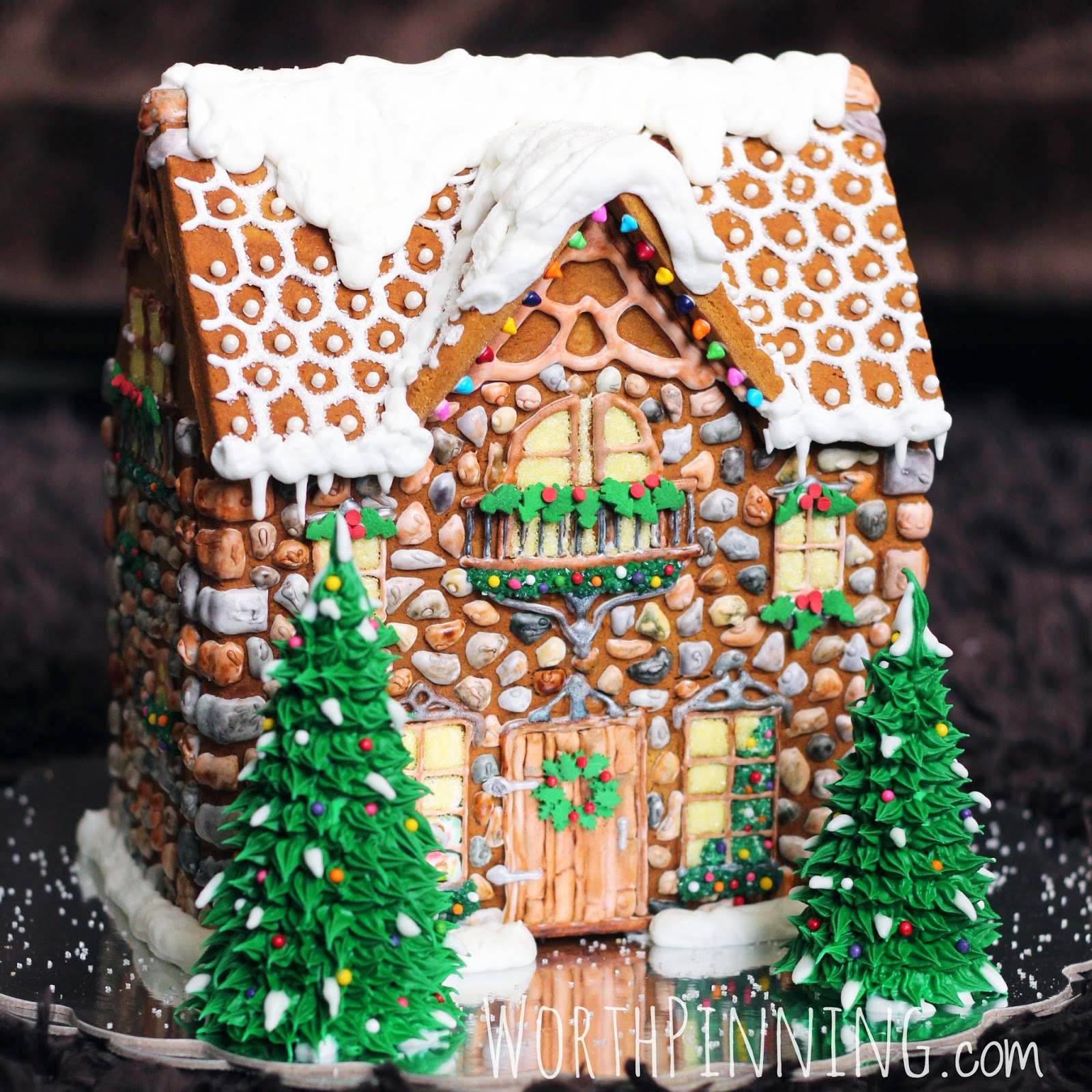 Foodista 5 absolutely stunning christmas recipes for How do you make a gingerbread house